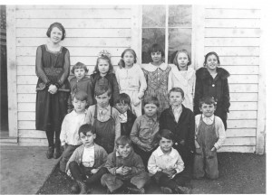 Floyd (second row left) and WCWjr (front row right). English Lake, Ind. ca 1922.